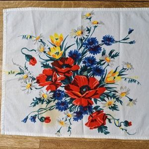 Other - Vintage linen floral napkin 15in by 17 in